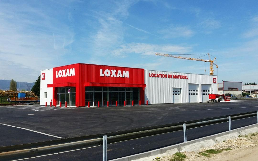 Signalétique d'une agence Loxam